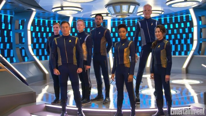 new crew of star trek discovery 720x405